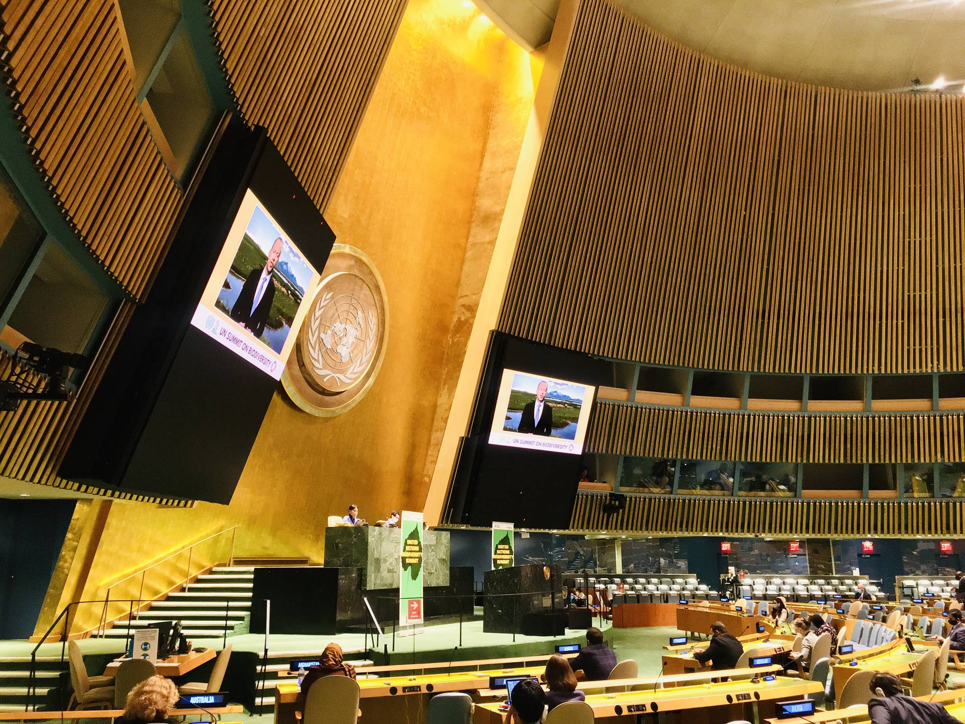 The Ministers video address was played in the main room of the General Assembly.  - mynd